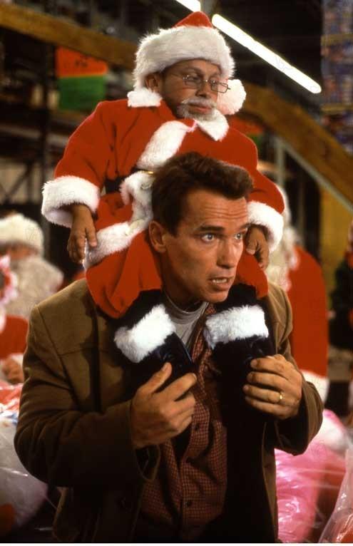la course au jouet jingle all the way 1996 rŽal : Brian Levant Verne Troyer Arnold Schwarzenegger Collection Christophel